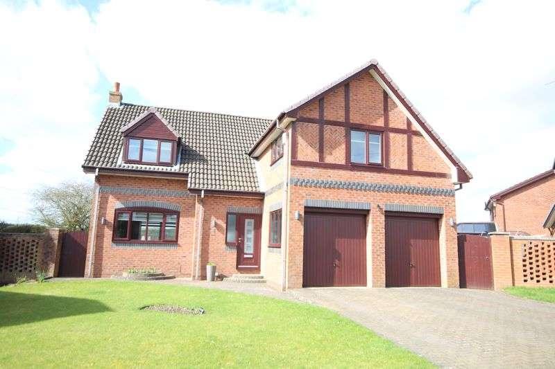 5 Bedrooms Property for sale in MILLBROOK BANK, Norden, Rochdale OL11 5NR