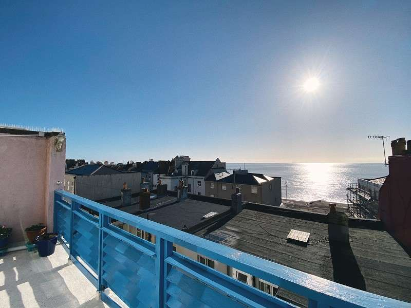 2 Bedrooms Ground Maisonette Flat for sale in Norman Road, St Leonards-on-sea, East Sussex. TN38 0EG