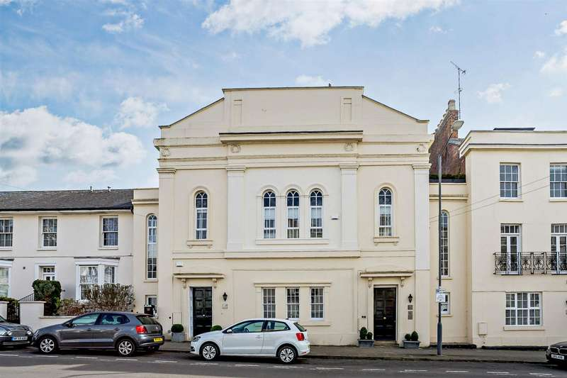 3 Bedrooms Apartment Flat for sale in Portland Street, Leamington Spa, Warwickshire