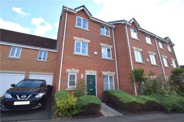 4 Bedrooms Town House for sale in Kingswell Avenue, Arnold, Nottingham