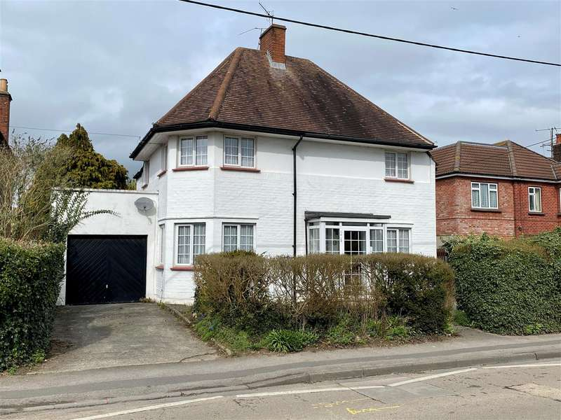 3 Bedrooms Detached House for sale in Oxford Road, Calne