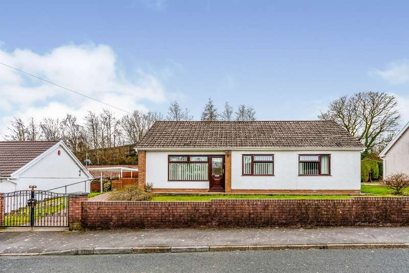 3 Bedrooms Detached Bungalow for sale in Lindsay Gardens, Tredegar