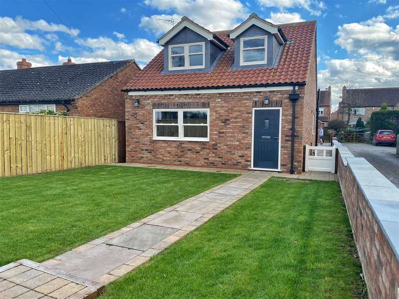 3 Bedrooms Detached House for sale in Station Road, Thirsk