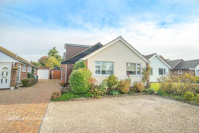 3 Bedrooms Detached House for sale in Hazel Close, Welwyn