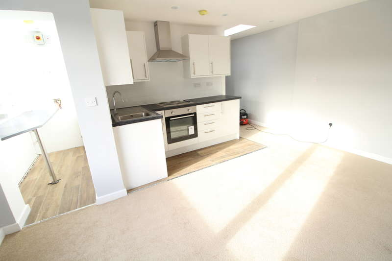1 Bedroom Apartment Flat for rent in Meyrick Court - Close to Town - 1 Bed