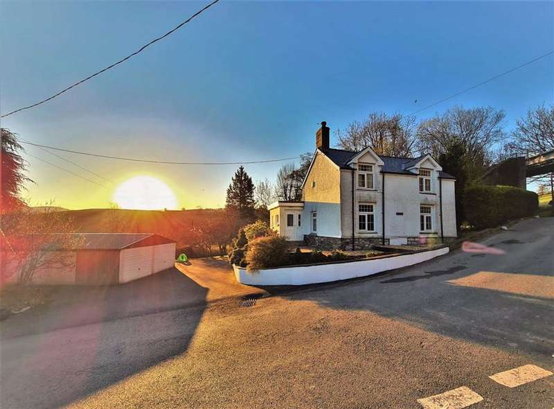 3 Bedrooms Detached House for sale in Dolybont, Borth