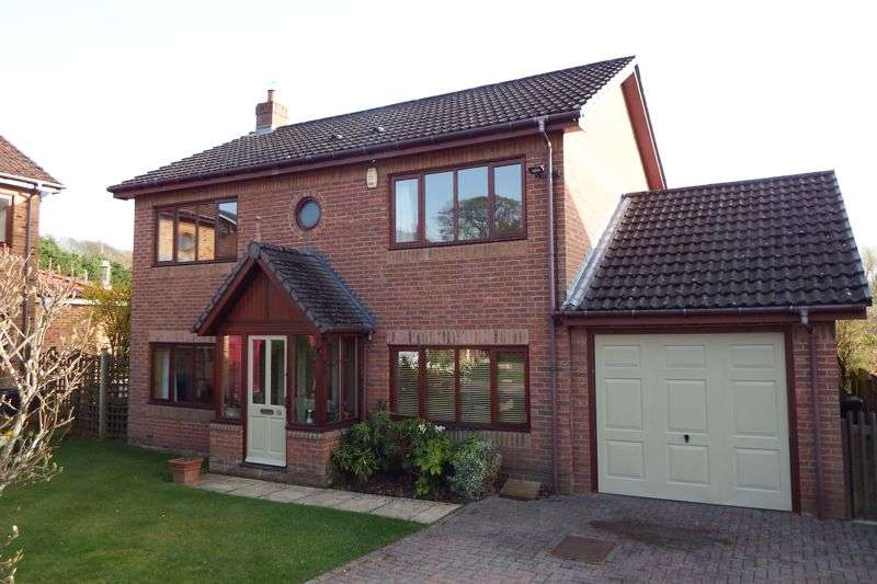 4 Bedrooms Property for sale in Garden House Drive, Acomb