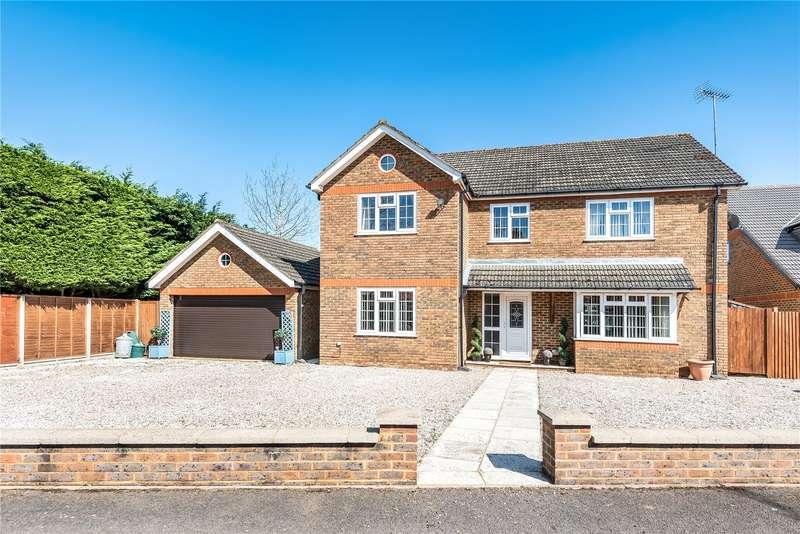 5 Bedrooms Detached House for sale in Olivia Gardens, Harefield, Uxbridge, UB9