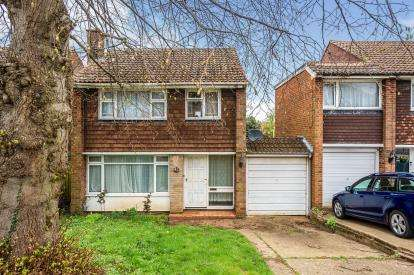 3 Bedrooms Detached House for sale in Lime Avenue, Luton, Bedfordshire