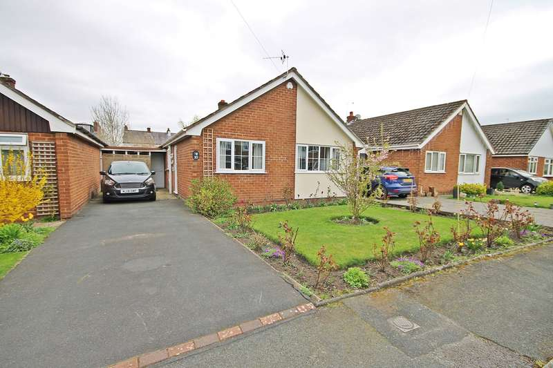 2 Bedrooms Bungalow for sale in Richmond Close, Lymm, WA13