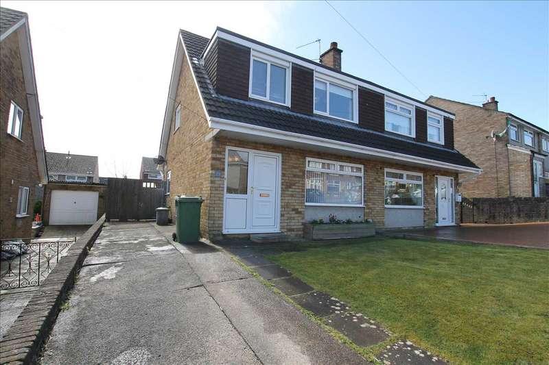 3 Bedrooms Bungalow for sale in Claverton Close, Beddau