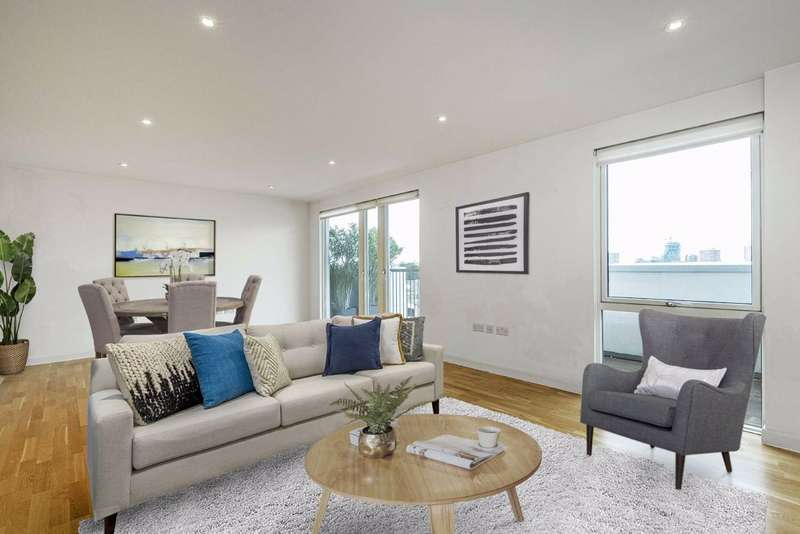 3 Bedrooms Penthouse Flat for sale in Rutherford House, London, SW11