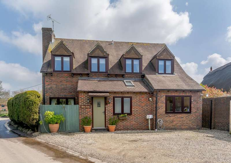 3 Bedrooms Detached House for sale in Inkpen Common, Inkpen, Hungerford RG17