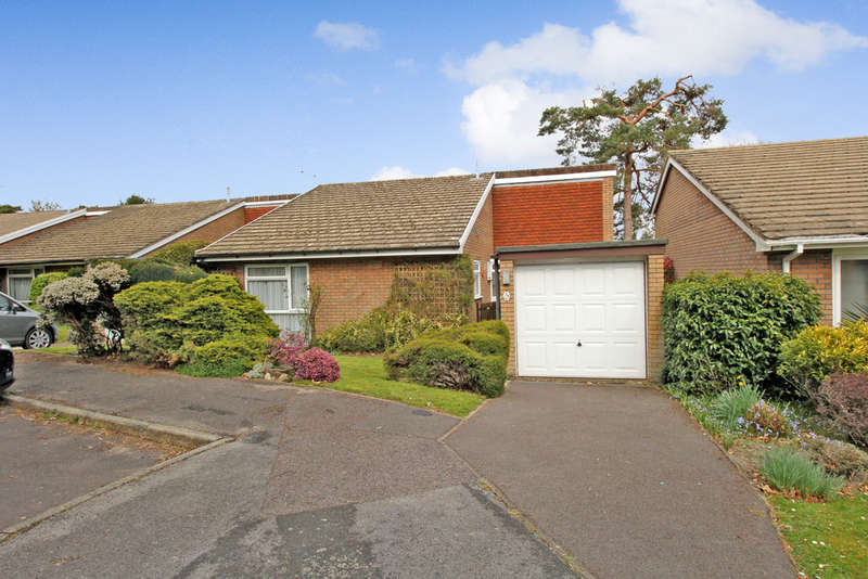 3 Bedrooms Detached Bungalow for sale in Eveley Close, WHITEHILL, Hampshire