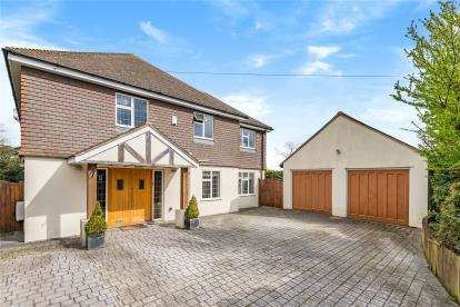5 Bedrooms Detached House for sale in Starts Hill Road, Farnborough, Orpington
