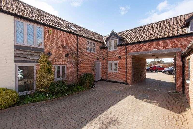 4 Bedrooms Property for sale in Market Lavington, Devizes, Wiltshire, SN10 4DA