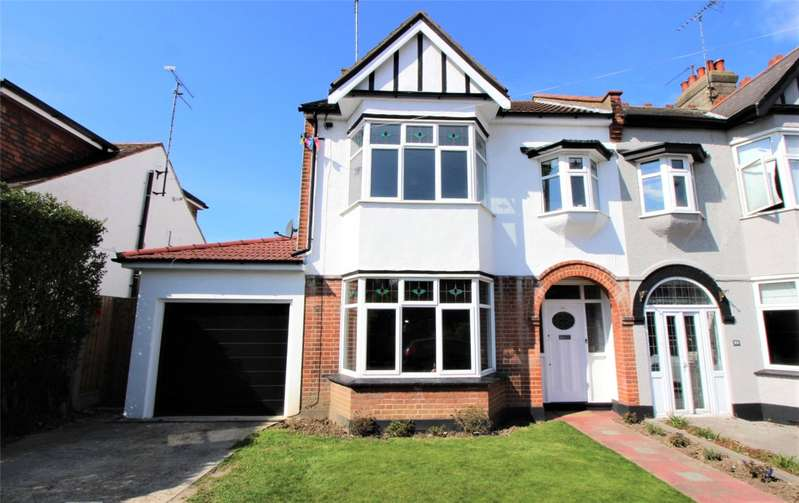 4 Bedrooms End Of Terrace House for sale in Nelson Road, Leigh-on-Sea, SS9