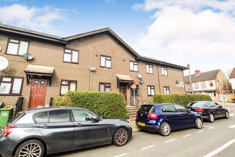 2 Bedrooms Property for sale in Biscot Road, Luton
