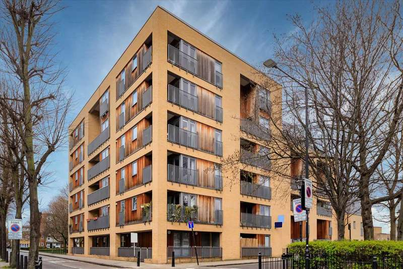3 Bedrooms Apartment Flat for sale in Tria Apartments, Durant Street, London, E2
