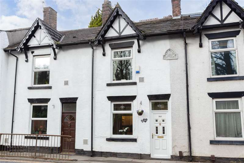 2 Bedrooms Terraced House for sale in Heywood Old Road, Birch, Heywood, Greater Manchester, OL10