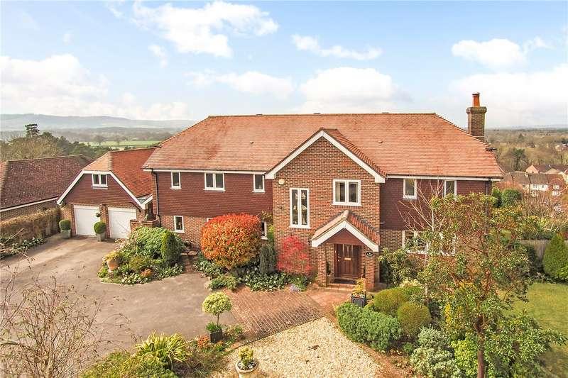 5 Bedrooms Detached House for sale in Southlands Park, Midhurst, West Sussex, GU29