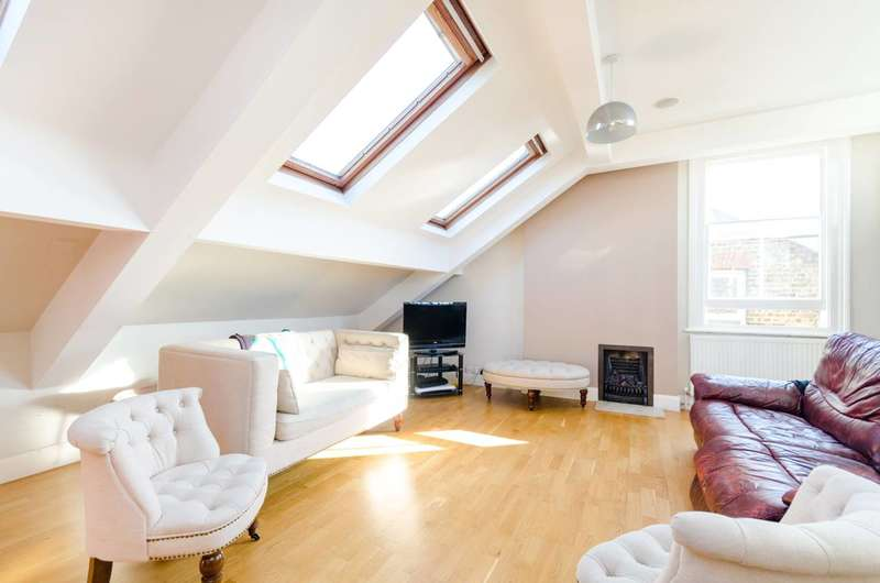 3 Bedrooms Flat for rent in Edge Hill, Wimbledon, SW19