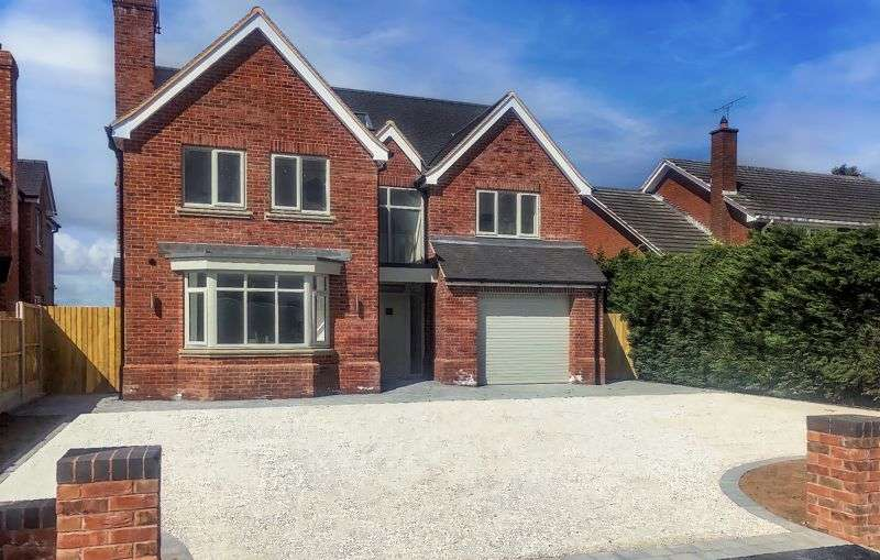 5 Bedrooms Property for sale in Long Lane, Stafford