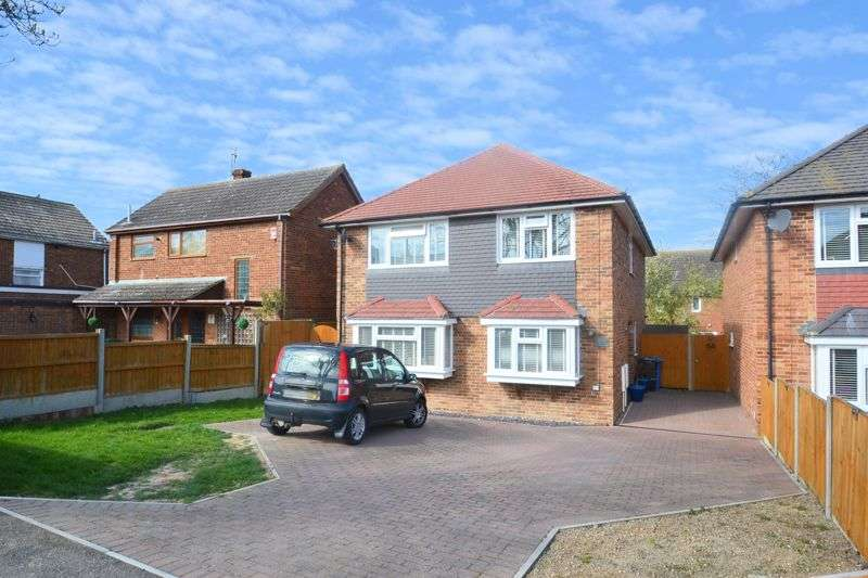 4 Bedrooms Property for sale in The Broadway, Minster on Sea