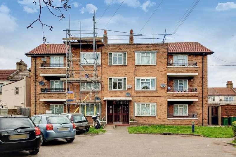 2 Bedrooms Flat for sale in Wakefield Street, East Ham, E6