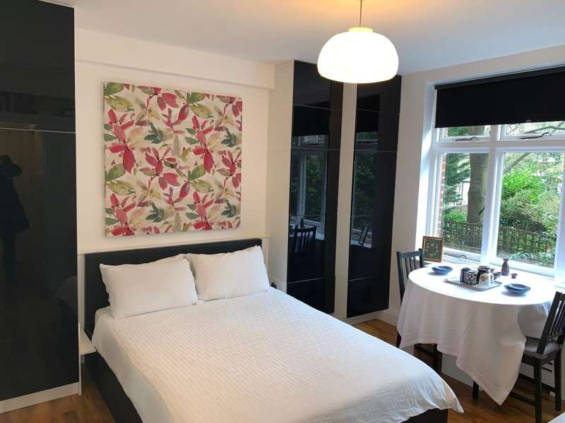 Flat for sale in Abercorn place, St Johns Wood, NW8