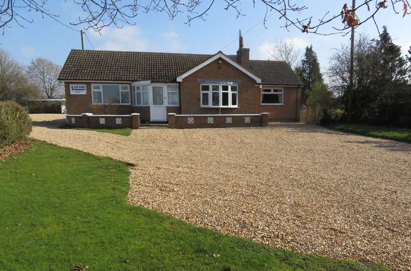 4 Bedrooms Bungalow for sale in Cosby LEICESTERSHIRE