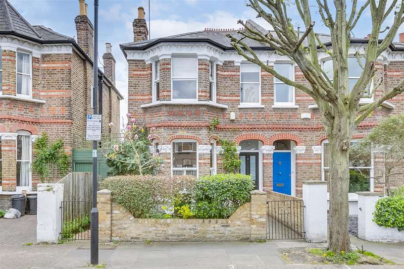 4 Bedrooms Semi Detached House for sale in Binden Road, London, W12