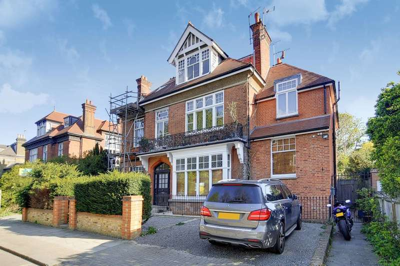 2 Bedrooms Flat for sale in Keswick Road, East Putney, SW15