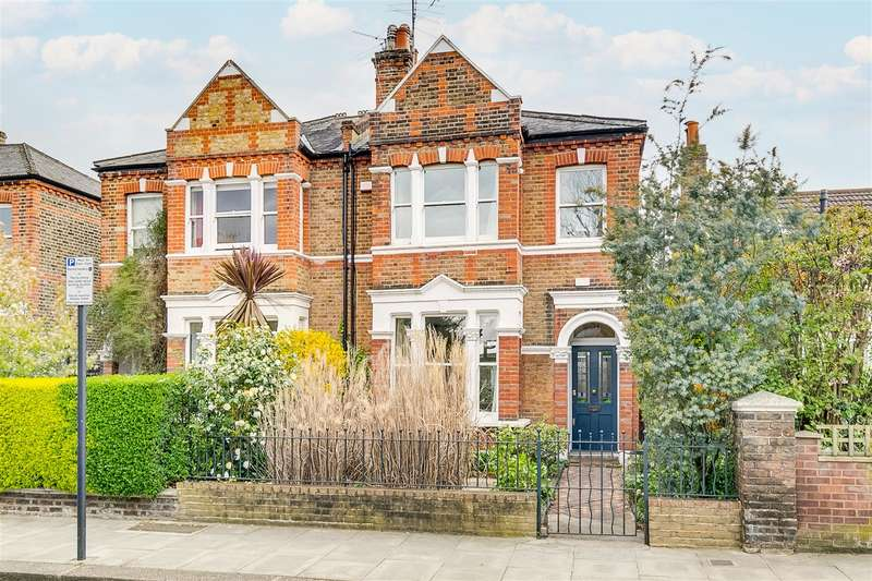 4 Bedrooms Semi Detached House for sale in Rylett Crescent, London, W12