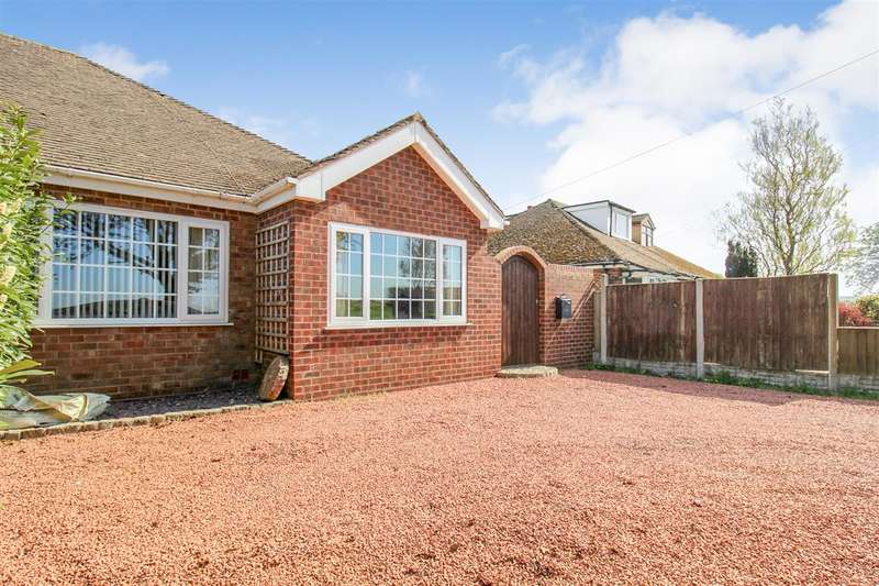 2 Bedrooms Bungalow for sale in Brick Kiln Lane, Rufford, Ormskirk