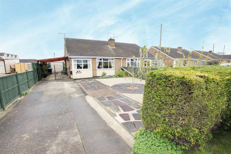 2 Bedrooms Semi Detached Bungalow for sale in Church Road, Mablethorpe