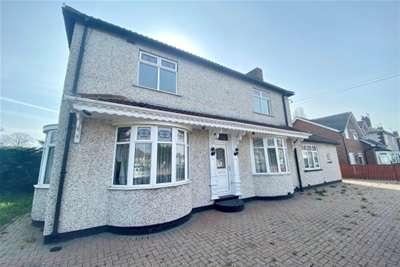 3 Bedrooms Detached House for rent in Yarm Road/ Eastbourne - Darlington