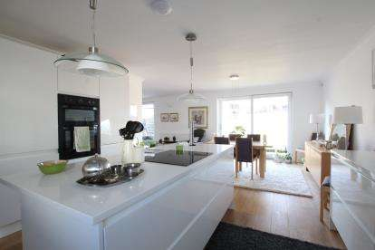 3 Bedrooms Bungalow for sale in Main Street, Kirby Muxloe, Leicester, Leicestershire