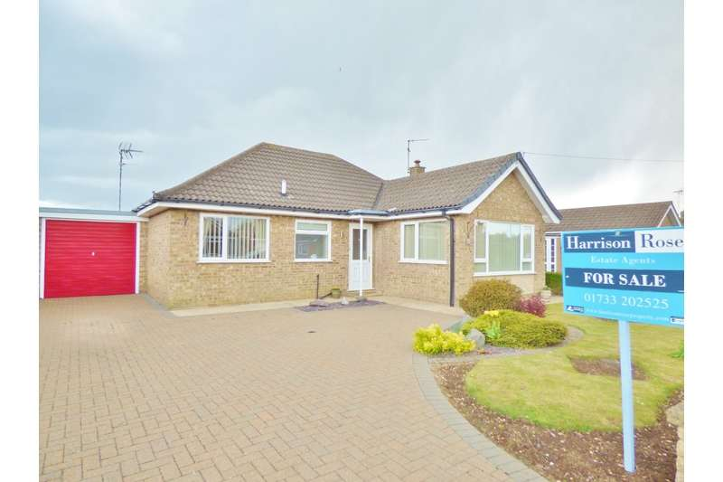 3 Bedrooms Bungalow for sale in Southgate, Pinchbeck, Nr Spalding