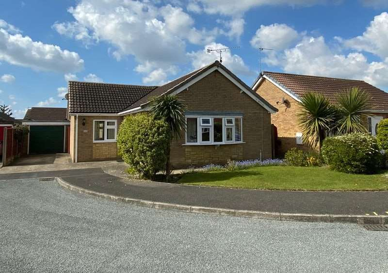 3 Bedrooms Detached House for sale in Beaumont Close, Skegness, Lincolnshire, PE24