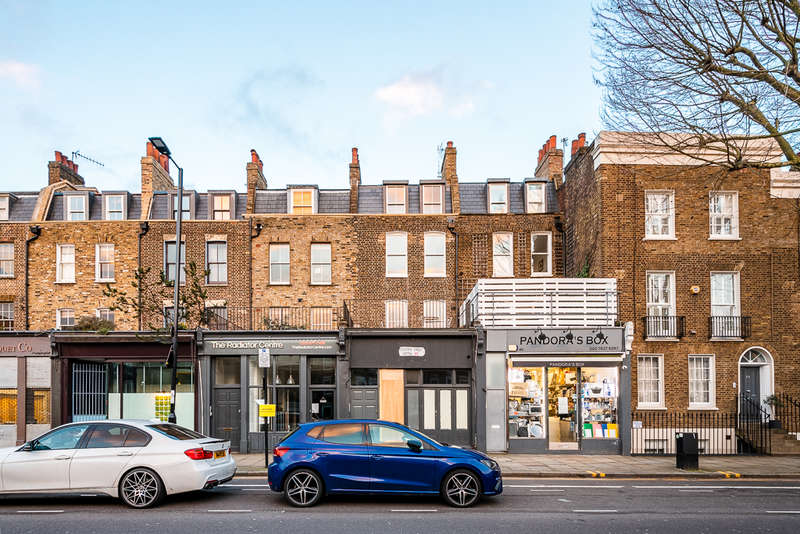 2 Bedrooms Block Of Apartments Flat for sale in Penton Street, London