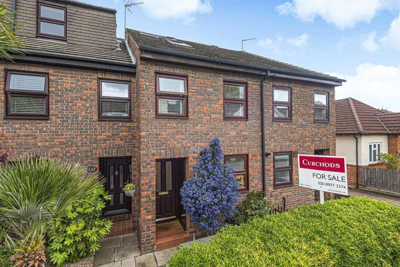 4 Bedrooms Terraced House for sale in Atbara Road, Teddington, TW11