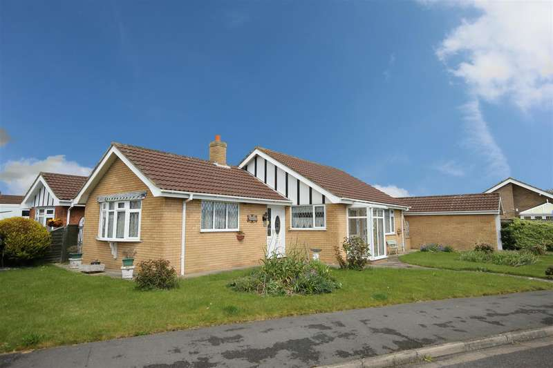 2 Bedrooms Detached Bungalow for sale in Park View, Sutton-On-Sea, Sutton-On-Sea