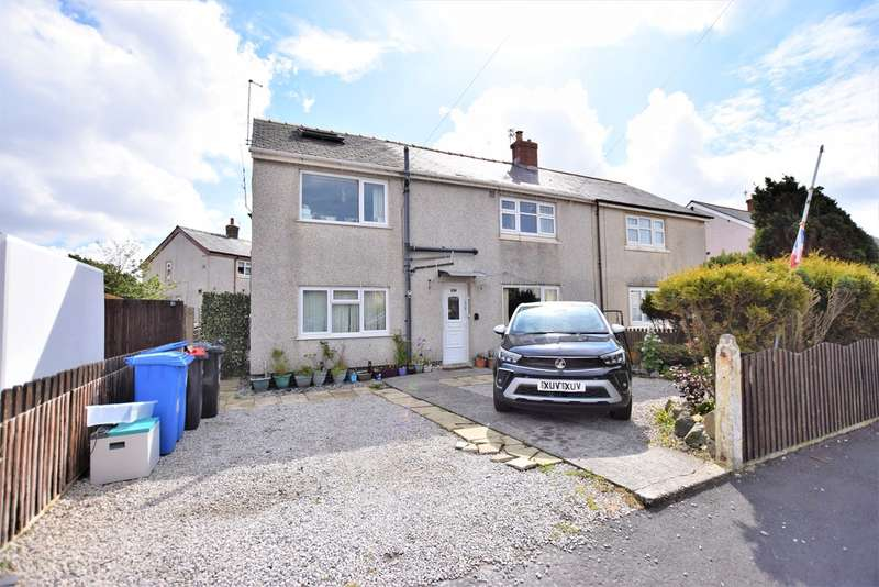 6 Bedrooms Semi Detached House for sale in Hathaway Road, Fleetwood