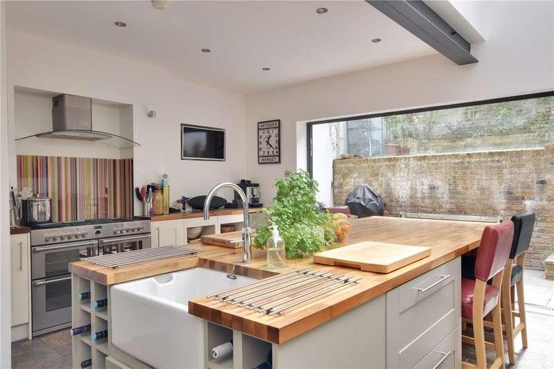 4 Bedrooms Semi Detached House for sale in Dinsdale Road, Blackheath, London, SE3