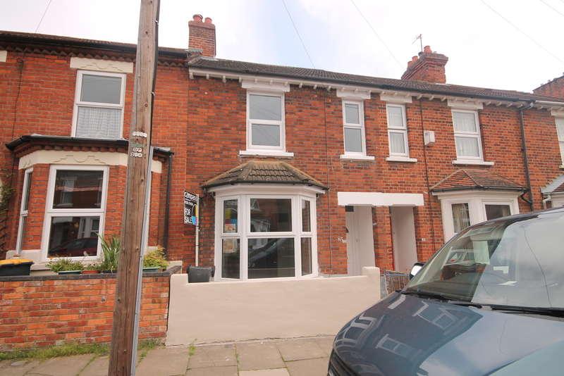 3 Bedrooms Terraced House for sale in Hartington Street, Bedford, MK41