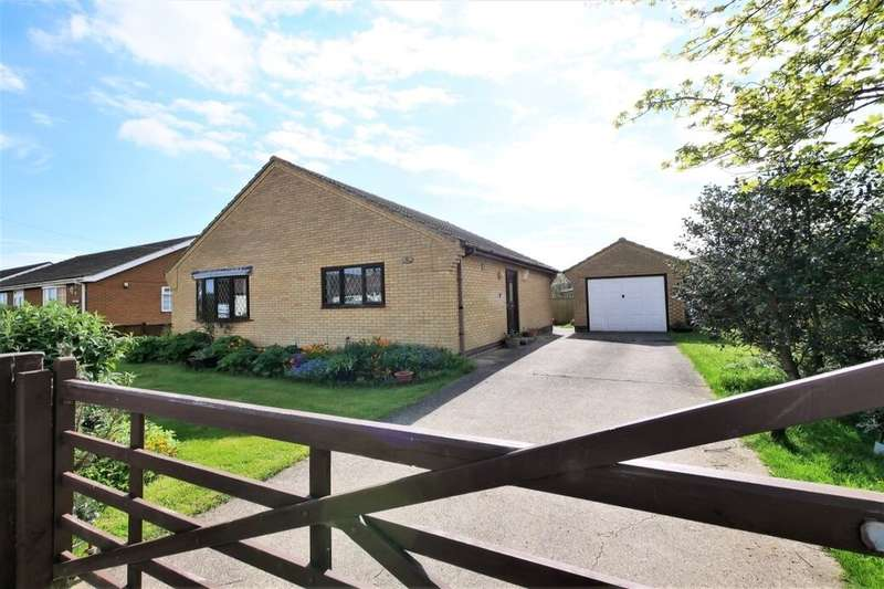 2 Bedrooms Detached Bungalow for sale in Broadway, Sutton-On-Sea, Mablethorpe, LN12