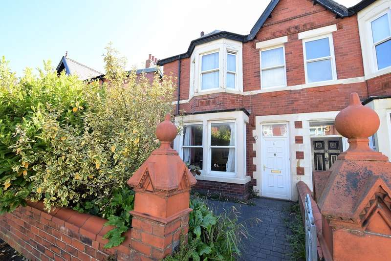 3 Bedrooms Semi Detached House for sale in Buckingham Road, Lytham St. Annes