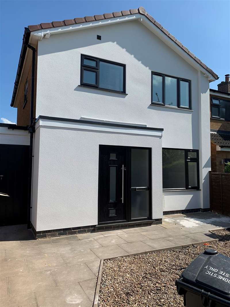 3 Bedrooms Detached House for sale in St James Close, Oadby