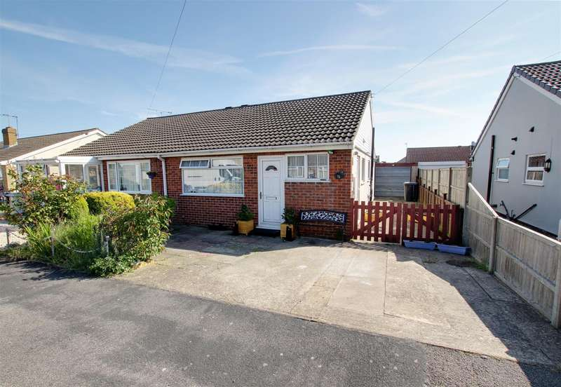 2 Bedrooms Semi Detached Bungalow for sale in The Strand, Mablethorpe